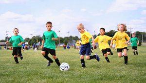 Jak rozwijać pasję dziecka jaką jest piłka nożna