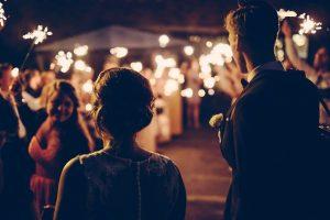 Lotnicy organizują ślub i wesele