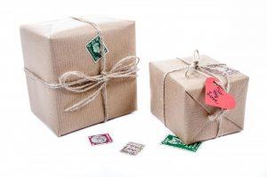 Jak dobrze zapakować paczkę do Anglii?