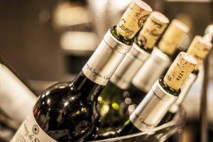 Jak utrzymać wino w idealnej temperaturze?
