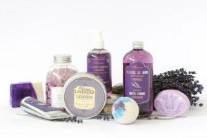 Kosmetyki naturalne z drogerii internetowej