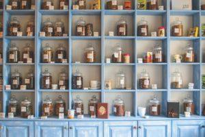 Pomysłowy zestaw prezentowy herbat