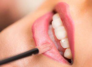 Jakie są plusy powiększania ust?