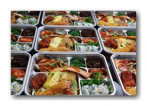 Czy warto korzystać z usług cateringowych?