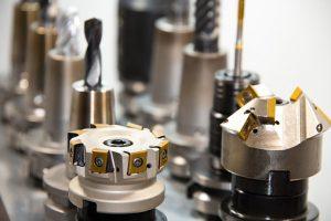 Usługi CNC pomagają realizować trudne projekty
