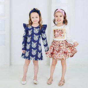 Dziecięce sukienki w eleganckim stylu