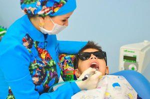 Wybór dentysty dziecięcego – na co zwrócić uwagę