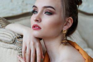 Kto wykonuje makijaż permanentny w Żorach?